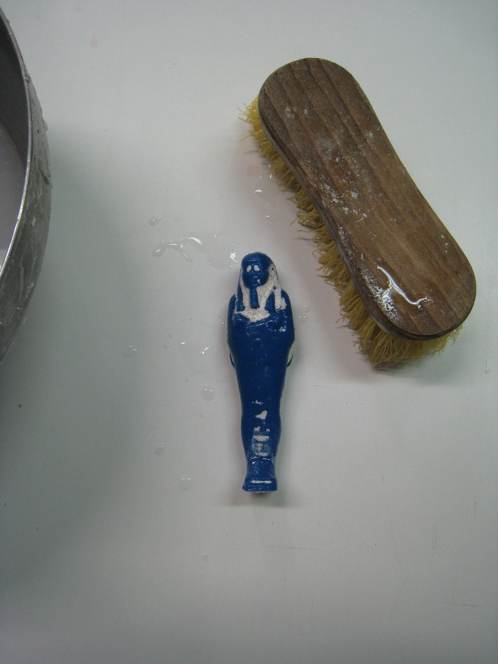 statue-lave