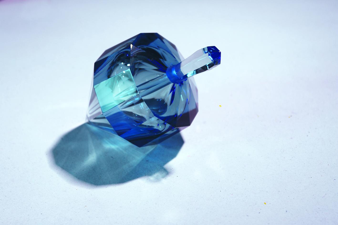 Prismatiques-bleu-web